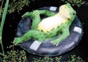 Pond ornaments floating frog floater Pond ornaments