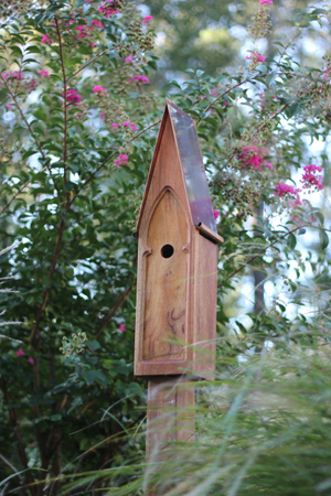 American classic birdhouse by heartwood bird houses for Classic bird houses